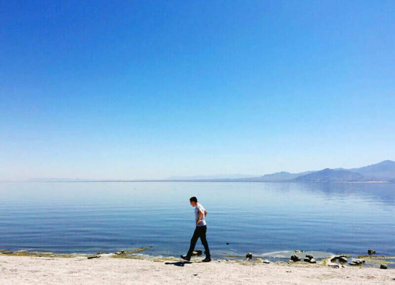 J walking the shore of the Salton Sea