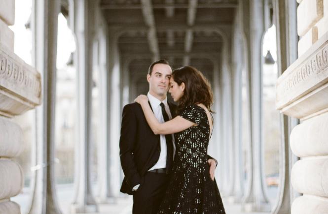 Eva and Jon under the Bir Hackeim bridge