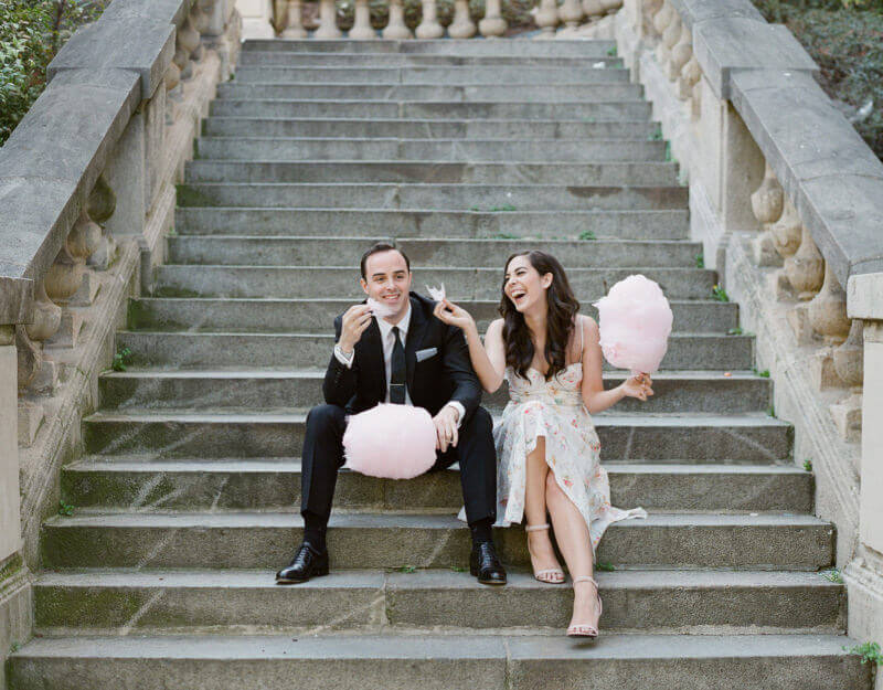 Eva & Jon cotton candy engagement photo in Paris, France