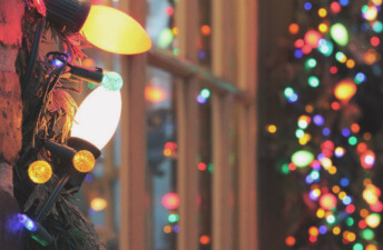 She's So Bright - 10 Tips for Staying Present This Holiday Season