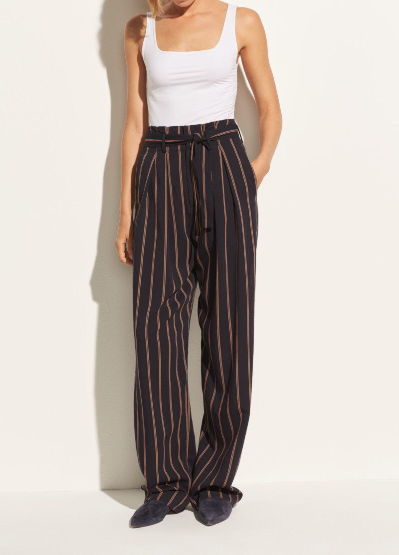 She's So Bright - Vince Pants for Summer. Style, fashion, chic pants.