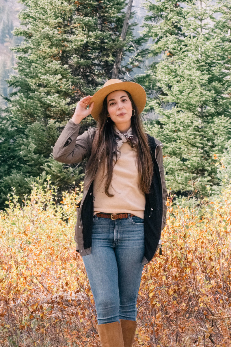 Feeling Tiny in the Grand Tetons! - She's So Bright, Wyoming, Adventure, Travel, Blogging, Outdoors, Hats, Cowgirl, Hiking, Escape, Travel Inspiration, Jackson Hole, Grand Tetons, National Park, Pine Trees, Fall