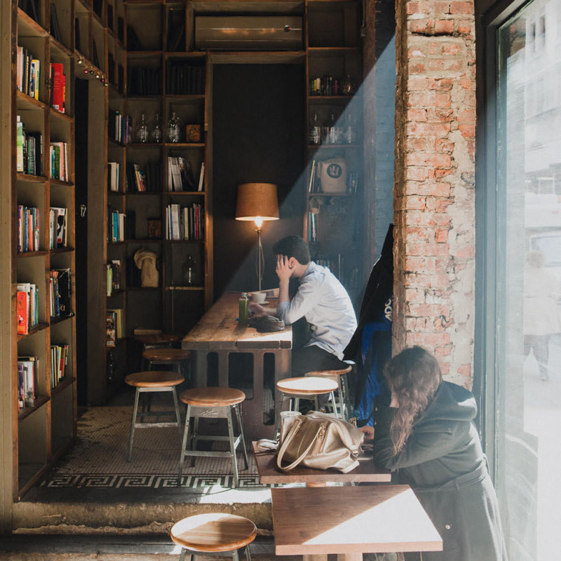 10 Cozy Writing Nooks in New York City - She's So Bright, Finds, Coffee, Hotels, New York City, Brooklyn, Manhattan, Writers Places, Nooks, Study Spots.