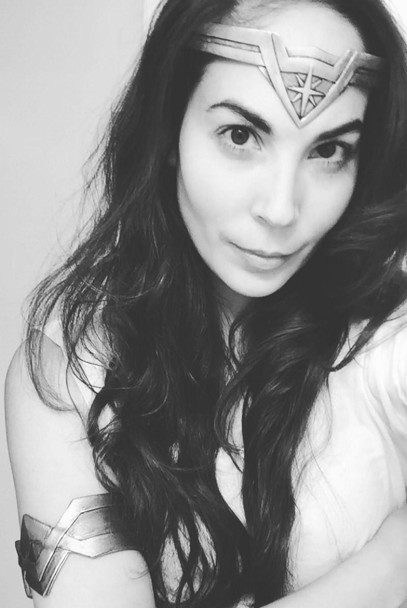 Pow! Bam! A Wonder Woman Weekend - She's So Bright. Cosplay, Halloween, Gal Gadot Lookalike, Maker
