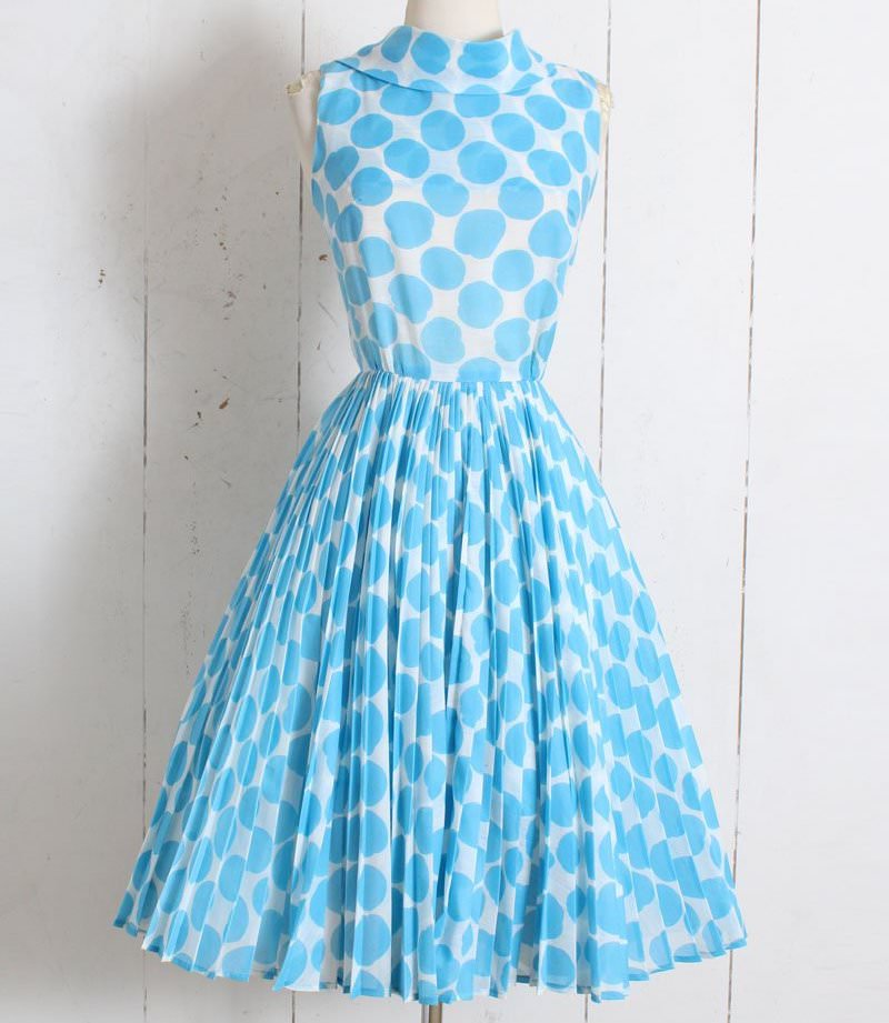 Would You Wear Vintage? - She's So Bright, Vintage Clothing, 1950's Style, Mill Street Vintage, A Frame Dress, Vintage Style, Patterns, Oldschoocool