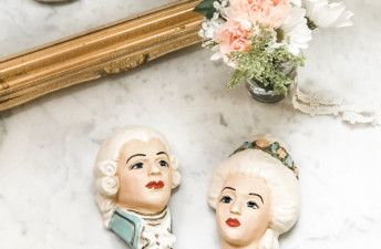 A Jewel of a Vintage Shop - She's So Bright, Mission et Made, Etsy, Vintage, Shop, Chic, French, Pink, Decor, Inspiration, Marie Antoinette, Feature